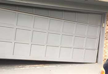 Garage Door Off Track | Garage Door Repair Santa Clarita, CA